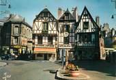 """56 Morbihan / CPSM FRANCE 56 """"Auray, vieilles maisons pittoresques et la place"""""""