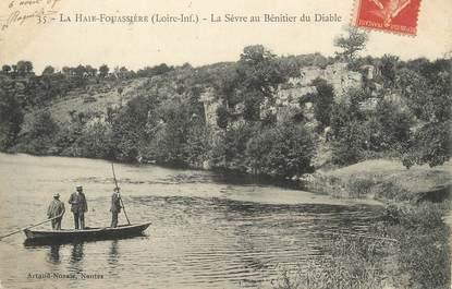 """/ CPA FRANCE 44 """"La Haie Fouassière, la Sèvre au Benitier du diable"""""""