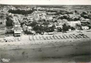 """/ CPSM FRANCE 44 """"La Bernerie en retz, la grande plage, vue aérienne """""""