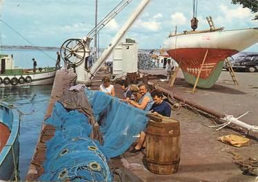"""/ CPSM FRANCE 44 """"Le Croisic, sur le port"""""""