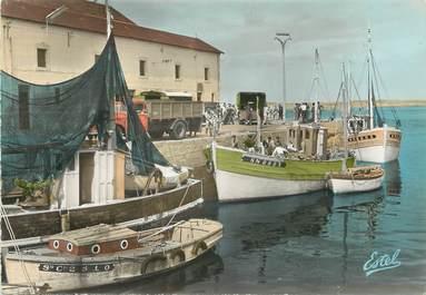 """/ CPSM FRANCE 44 """"Le Croisic, déchargement du poisson au retour de la pêche"""""""