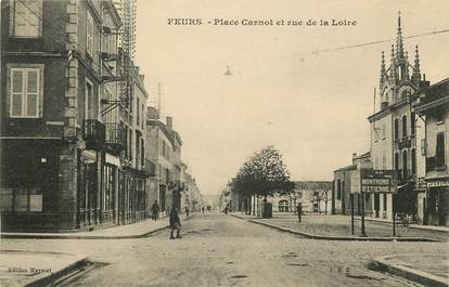 """CPA FRANCE 42 """"Feurs, Place Carnot"""""""