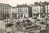 """44 Loire Atlantique / CPSM FRANCE 44 """"Nantes, la place Royale vers la rue Crébillon"""""""