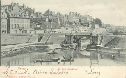 """/ CPA FRANCE 58 """"Nevers, le pont Mal Placé"""""""
