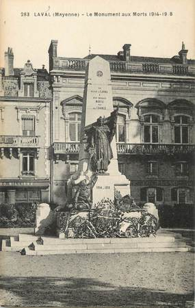 "/ CPA FRANCE 53 ""Laval, le monument aux morts"""
