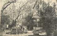 """13 Bouch Du Rhone / CPA FRANCE 13 """"Roquefavour, la terrasse chez Arquier"""""""