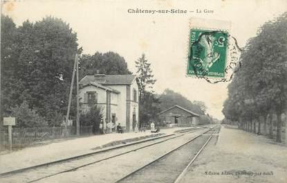 """CPA FRANCE 77 """"Chatenay sur Seine, la gare"""""""