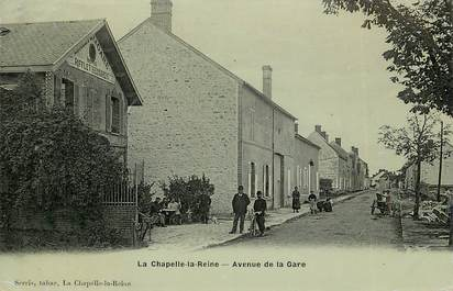"CPA FRANCE 77 ""La Chapelle la Reine, avenue de la gare"""