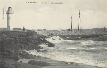 """/ CPA FRANCE 06 """"Cannes, le phare par une mer agitée"""""""