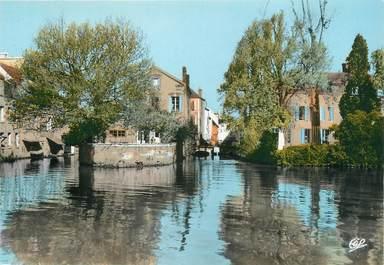 """/ CPSM FRANCE 45 """"Montargis, vieille maison sur le loing"""""""
