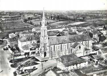 """/ CPSM FRANCE 47 """"Levignac, l'église et vue générale"""""""