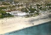 """50 Manche / CPSM FRANCE 50 """"Barneville sur Mer, la plage et les villas"""""""