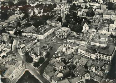 """/ CPSM FRANCE 52 """"Saint Dizier, vue aérienne de la place Aristide Briand"""""""