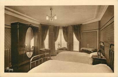 """CPA """"Paris, VI ème, Bld Saint Germain, Acropolis Hotel, une chambre"""""""