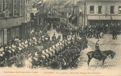 """CPA FRANCE 08 """"Vouziers, revue des troupes de la Garnison"""""""