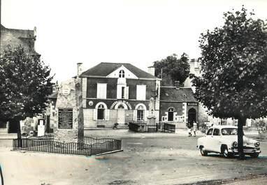 """/ CPSM FRANCE 53 """"Fougerolles du Plessis, place de la poste"""""""