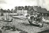 """56 Morbihan / CPSM FRANCE 56 """"Port d'Auray en 1776 exécuté entièrement en coquillages"""""""