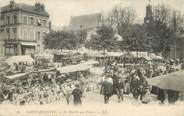 """02 Aisne / CPA FRANCE 02 """"Saint Quentin, le marché aux fleurs"""""""