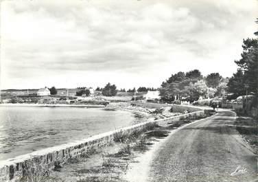 """/ CPSM FRANCE 56 """"Port Navalo, route et plage de Bilgroix"""""""