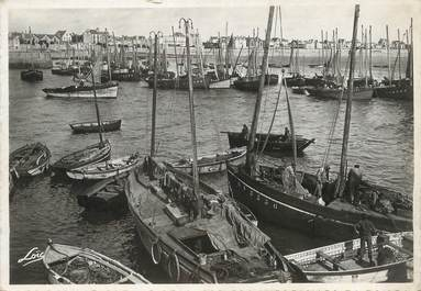 """/ CPSM FRANCE 56 """"Quiberon, port Maria"""" / BATEAU"""