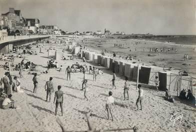 """/ CPSM FRANCE 56 """"Quiberon, Plage de port Maria"""" /  VOLLEY"""