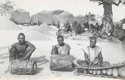 "CARTE PHOTO AFRIQUE ""Indigènes musiciens"""