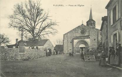 """/ CPA FRANCE 03 """"Fleuriel, place de l'église"""""""