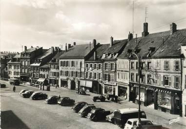 """/ CPSM FRANCE 57 """"Sarrebourg, place du marché"""""""