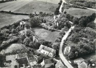 """/ CPSM FRANCE 58 """"Saint vérain, vue aérienne des ruines du château féodal"""""""