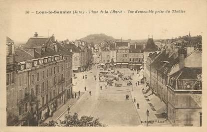 Lons le Saunier, Place de la liberté, vue d'ensemble prise du théatre
