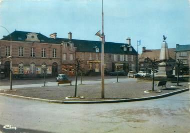 """/ CPSM FRANCE 61 """"Athis, la place, le monument"""""""