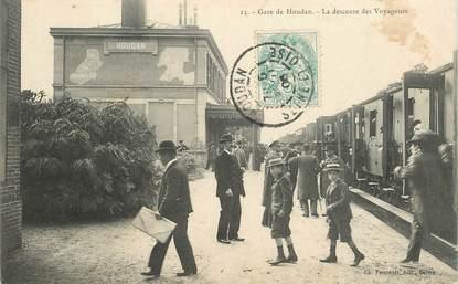 """CPA FRANCE 78 """"Gare de Houdan, la descente des voyageurs"""" / TRAIN"""