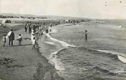 """/ CPA FRANCE 11 """"Gruissan, la plage, l'heure du bain"""""""