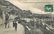 """95 Val D'oise CPA FRANCE 95 """"La Roche Guyon, Entrée par la Route de Gasny"""""""
