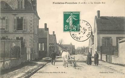 """CPA FRANCE 77 """"Fontaine Fourches, la grande rue"""""""