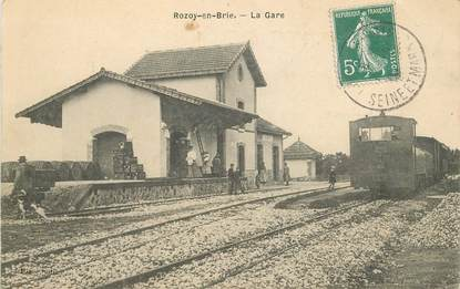 "CPA FRANCE 77 ""Rozoy en Brie, la gare"" / TRAIN"