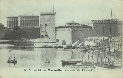 """CPA FRANCE 13 """"Marseille, un coin du vieux port"""""""