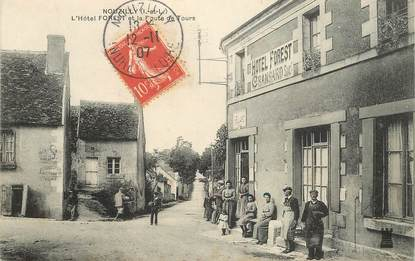 "CPA FRANCE 37 ""Nouzilly, Hotel FOREST et la route de Tours"""