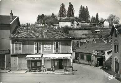 """/ CPSM FRANCE 38 """"Saint Geoire en Valdaine, un coin du bourg"""""""