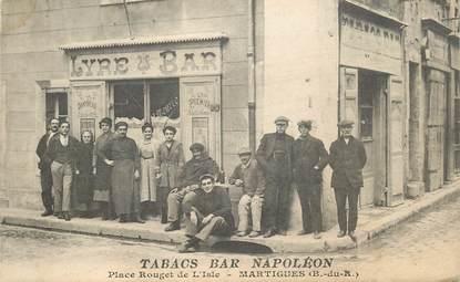 """CPA FRANCE 13 """"Martigues, Place Rouget de l'Isle, Tabac Bar Napoléon"""""""