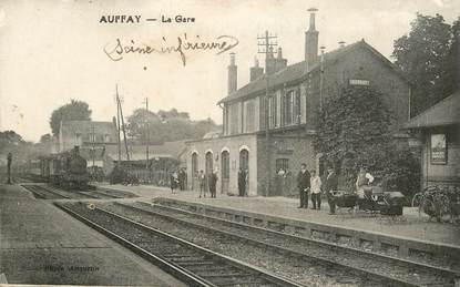 "CPA FRANCE  76 ""Auffay, la gare"" / TRAIN"