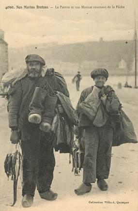 """CPA FRANCE 29 """"Nos marins bretons, le patron et son Mousse revenant de la Pêche"""""""