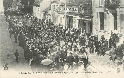 """CPA FRANCE 18 """"Bourges, Festival militaire du 8 septembre 1908, le défilé"""""""