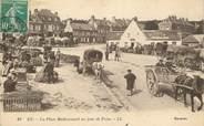 """76 Seine Maritime CPA FRANCE 76 """"Eu, la Place Mathomesnil un jour de Foire"""""""