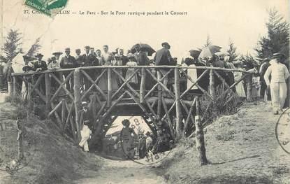 """/ CPA FRANCE 17 """"Chatelaillon, le parc, sur le pont rustique pendant le concert"""""""
