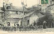 "61 Orne CPA FRANCE 61 ""Domfront, Fêtes du Comice central, 1908, Place Saint Julien"""