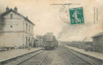 "CPA FRANCE 61 ""Mauves sur Huisne, la gare"" / TRAIN"