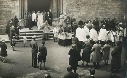 """CARTE PHOTO FRANCE 38 """"Crémieu, 1932, cortège épiscopal"""""""