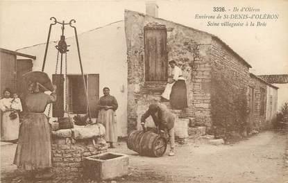 """/ CPA FRANCE 17 """"Ile d'Oléron, environs de Saint Denis d'Oléron, scène villageoise à la Brée"""""""