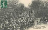 """17 Charente Maritime / CPA FRANCE 17 """"Ile de Ré, Saint Martin, départ de forçats pour la Guyane, la sortie du Bagne"""""""